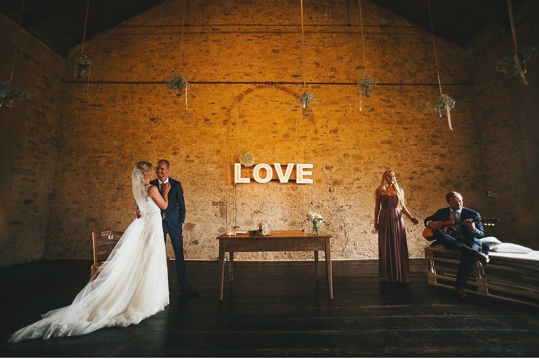 Terzo di Danciano Wedding Photography in Tuscany