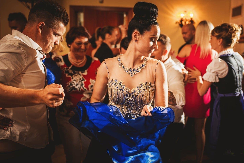 bide dancing