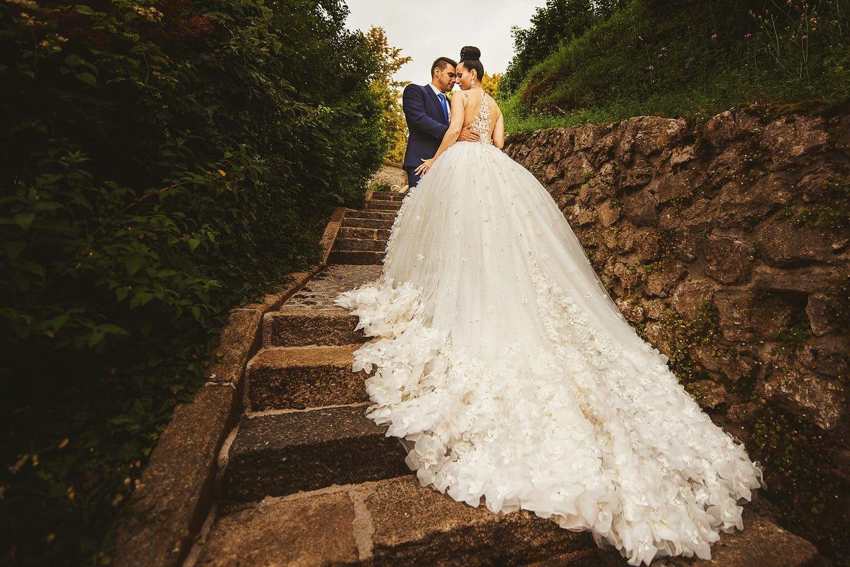 bide in her stunning dress